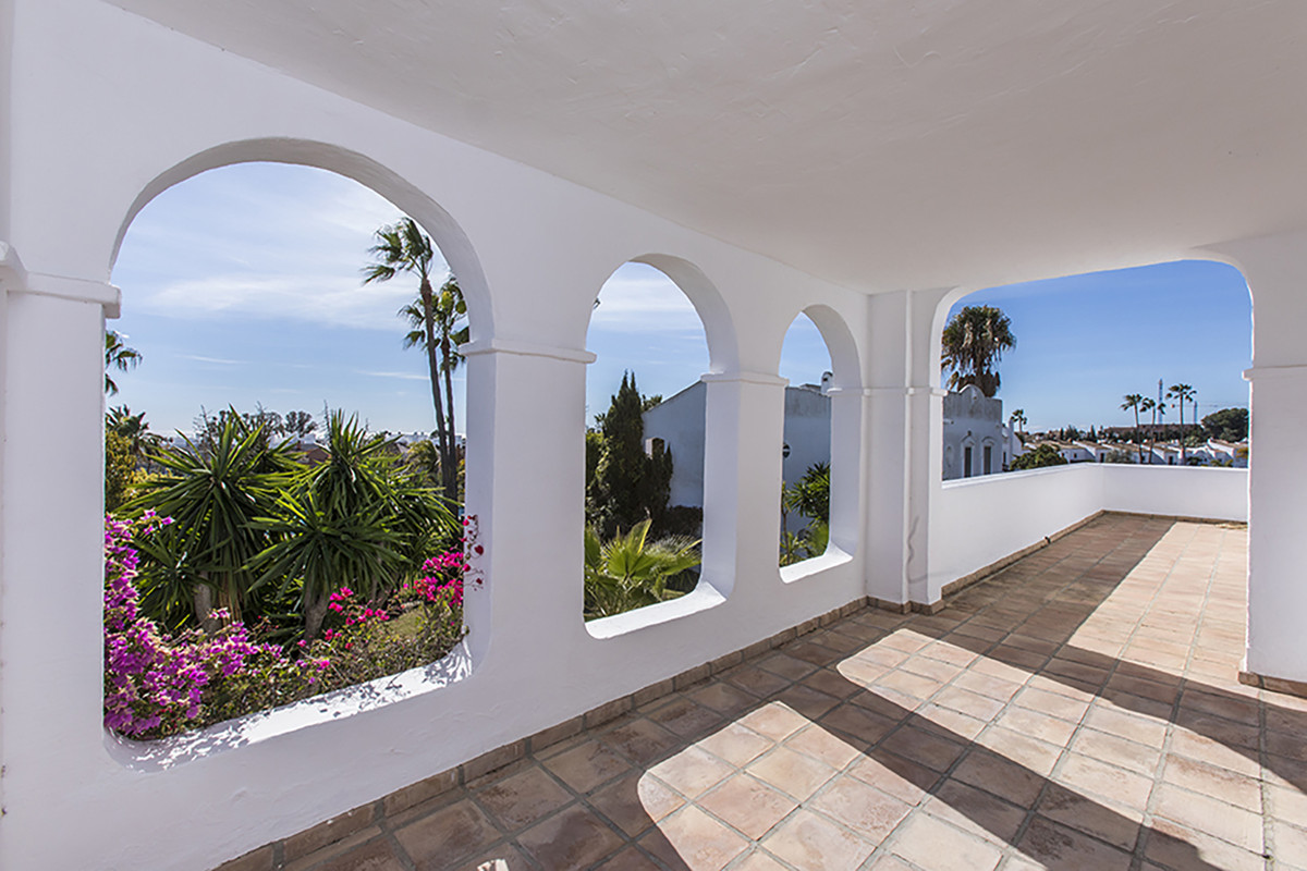6 Bedroom Detached Villa For Sale Bel Air