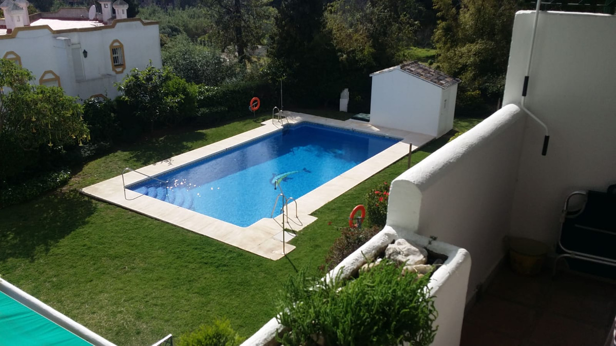 Apartment  Middle Floor for sale   in Cabopino