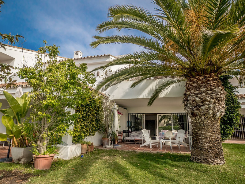 Townhouses for sale in Marbella 9