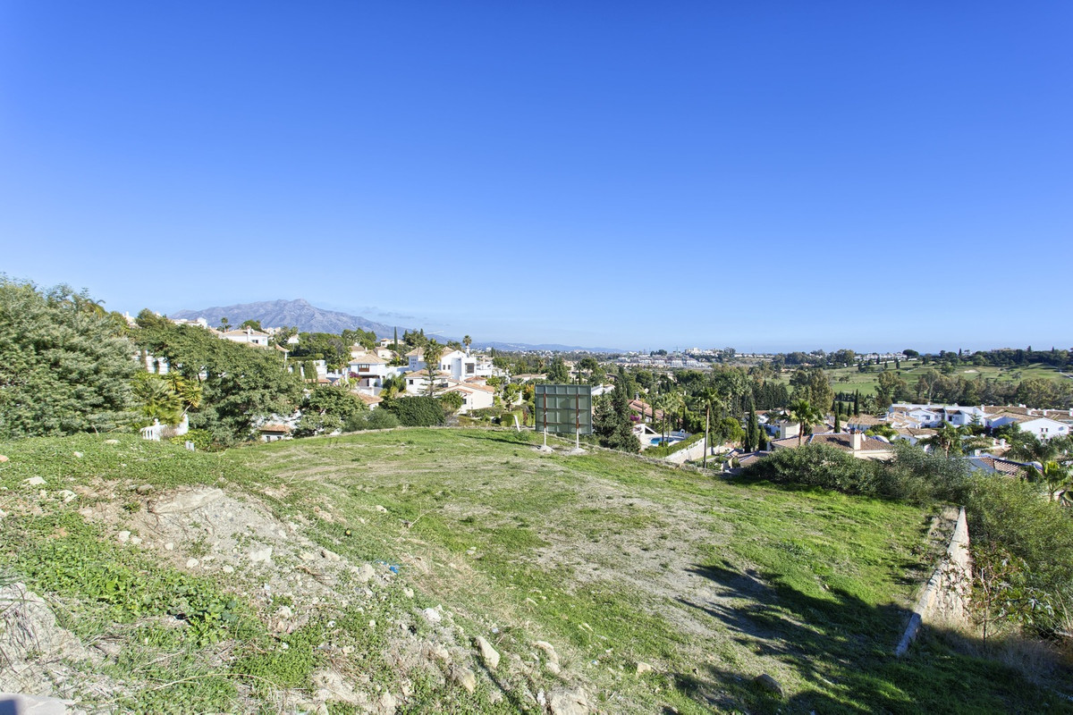 Residential plot for sale in Benahavis with building license in place to start the construction tomo,Spain