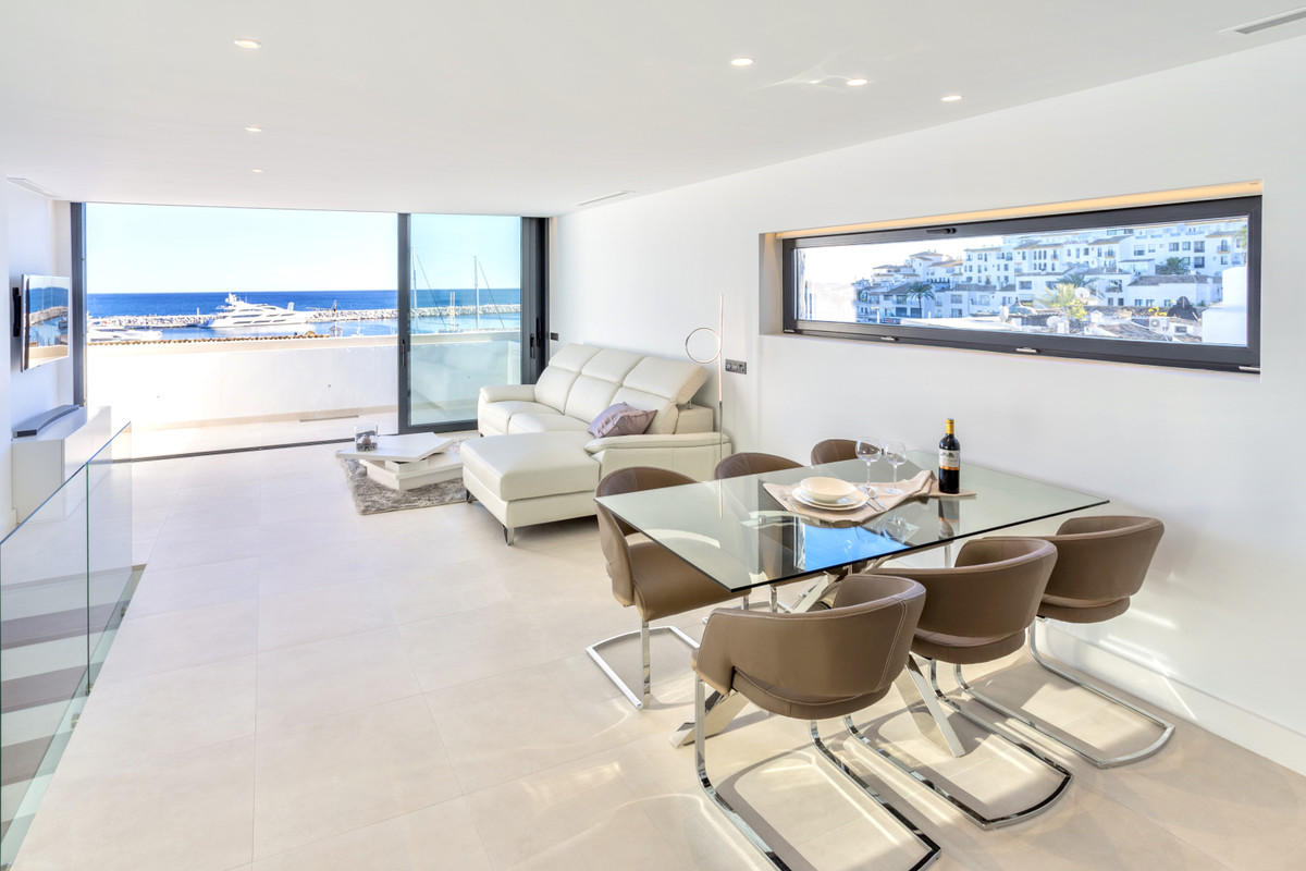 Luxurious modern penthouse-duplex for sale in the heart of Puerto Banus, this property has a unbeata,Spain