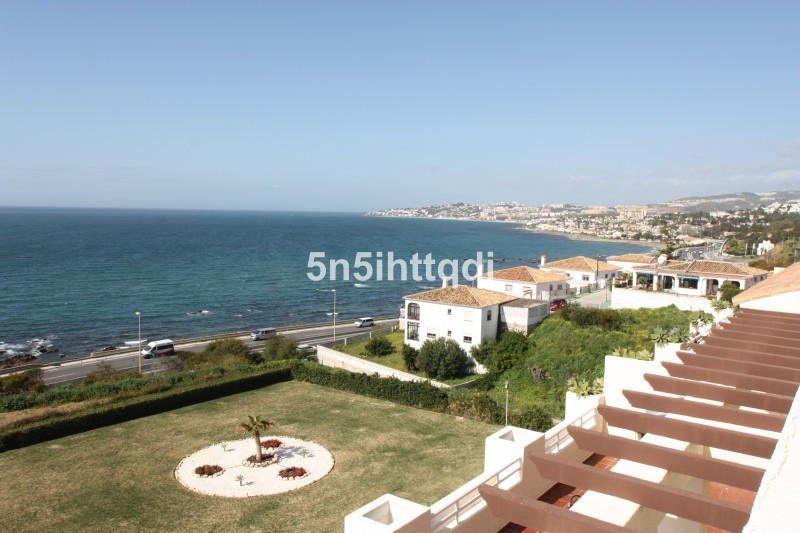Penthouse in Mijas Costa R3160189