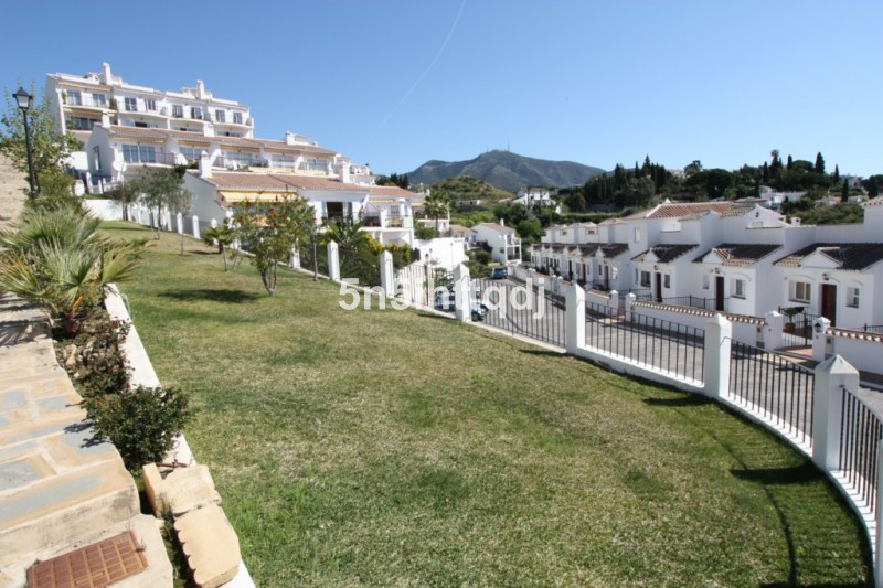Great  investment holiday home as purchase at under valuation and this is a great Holiday let house ,Spain