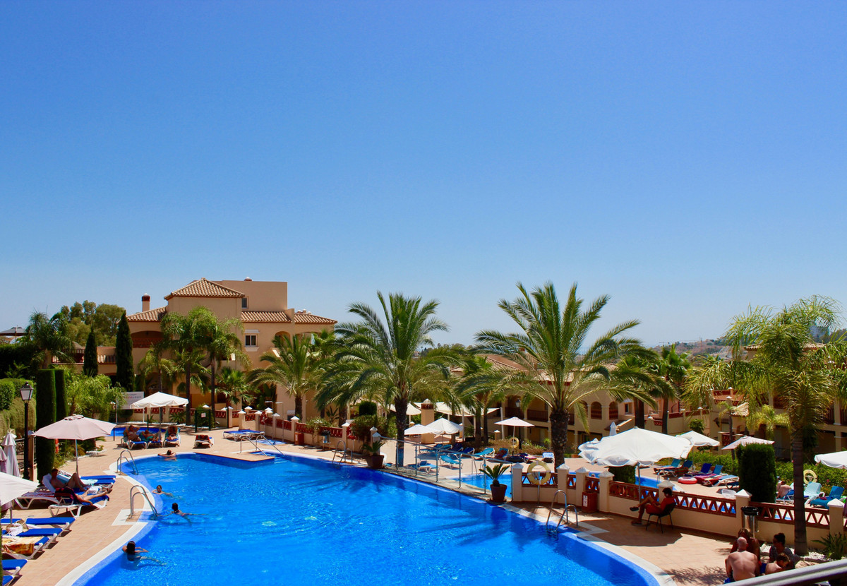 Fantastic west facing two bedroom apartment!  The first floor stylish property is very well maintain,Spain