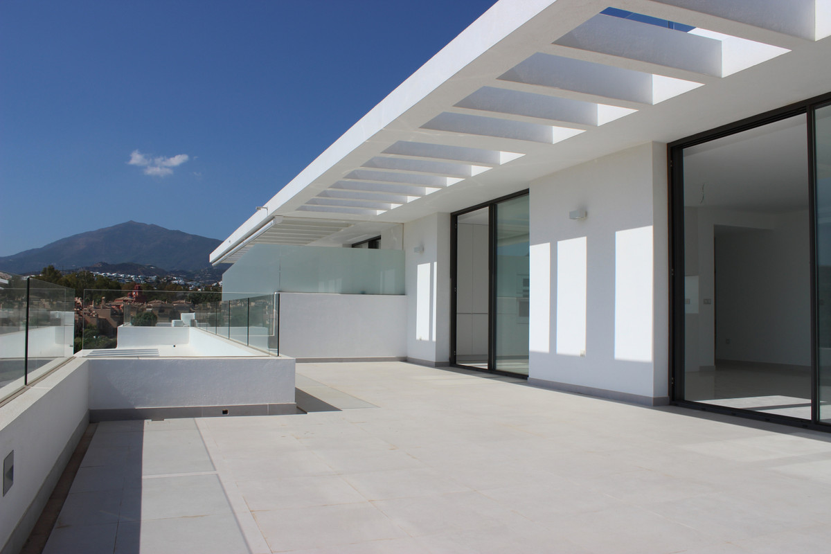 MASSIVE REDUCTION of €170,000 to €590,000 BRAND NEW -  Stunning three bedroom duplex west facing pen,Spain