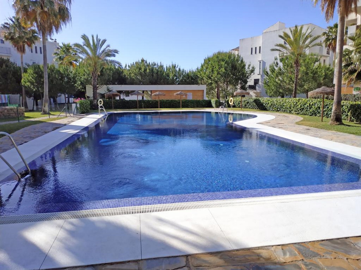 A very nice apartment with 3 bedrooms and 2 bathrooms in a very good area of La Cala within an urban, Spain