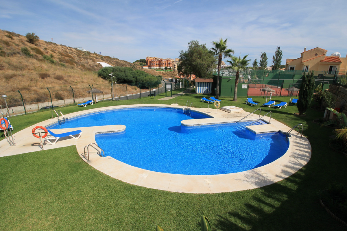 Semi-Detached House, Riviera del Sol, Costa del Sol. 3 Bedrooms, 2 Bathrooms, Built 130 m², Terrace , Spain
