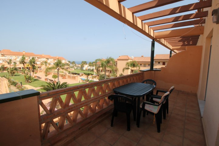 VIEWINGS ONLY FROM THE 22nd AUGUST Nice 2 bedrooms and 2 bathrooms apartment in quiet gated complex , Spain