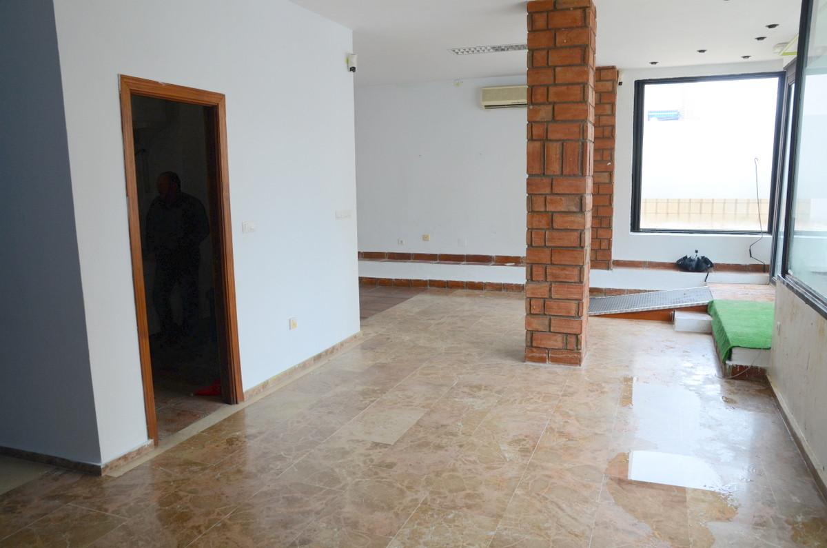 R3128590: Commercial for sale in Arroyo de la Miel