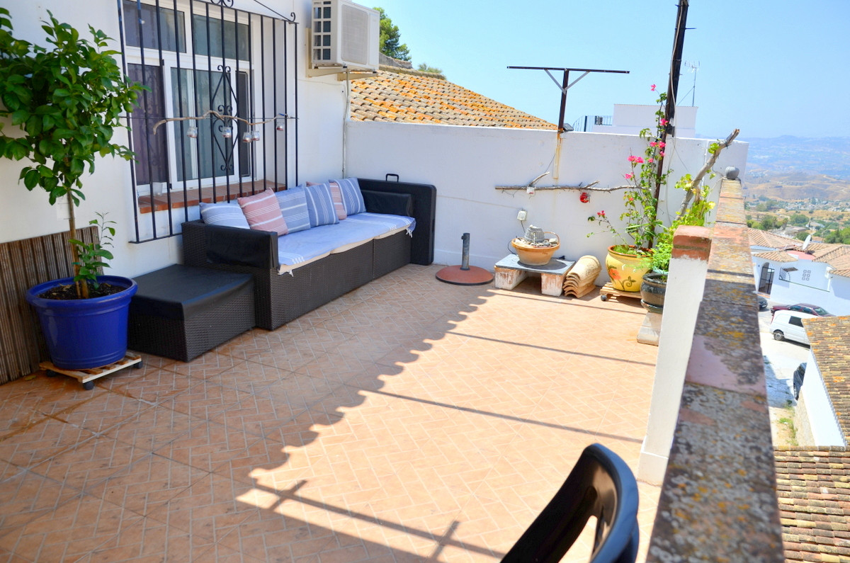 4 bedroom townhouse for sale mijas