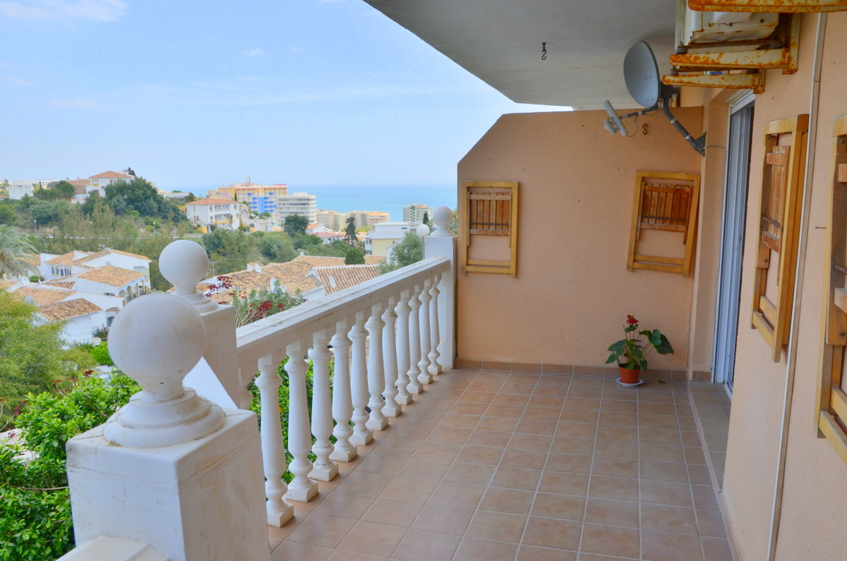 Elevated ground floor apartment with large terrace and ample views. Enjoy both sea and mountain view, Spain