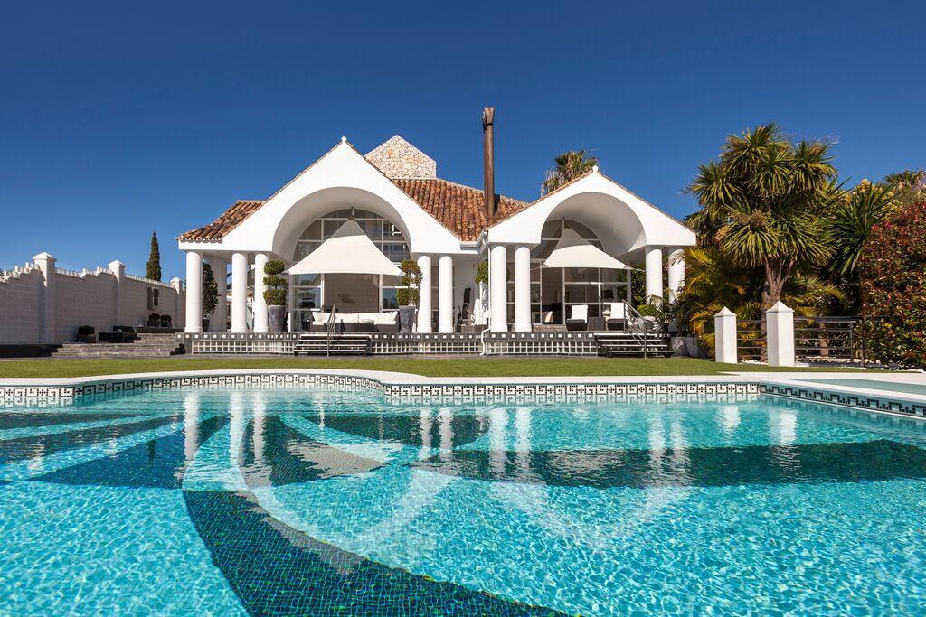 Detached Villa for sale in Nueva Andalucía R2518640