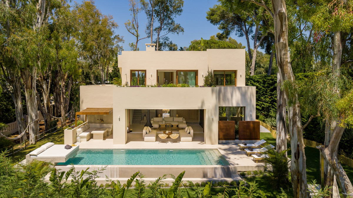 Detached Villa · Los Monteros