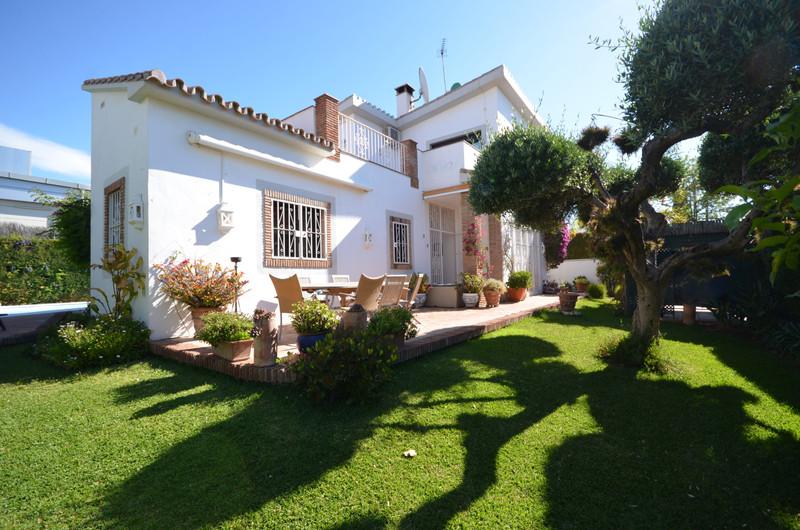 Villa – Chalet en venta en The Golden Mile – R3417970