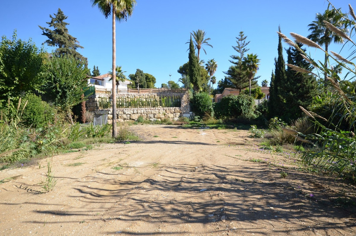 An incredible opportunity to purchase an extremely large south facing 4,000 m² plot with sea views s,Spain