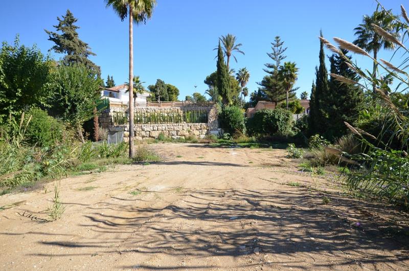 Terreno Urbano en venta en The Golden Mile – R3052426
