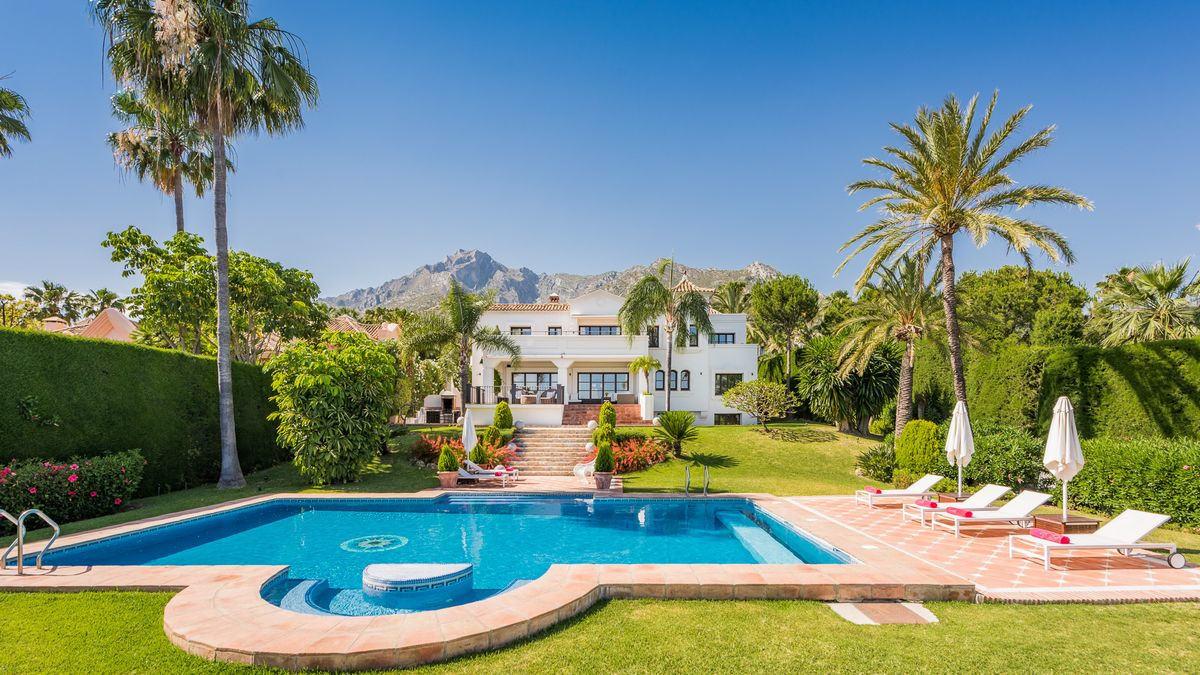 Detached Villa · Sierra Blanca