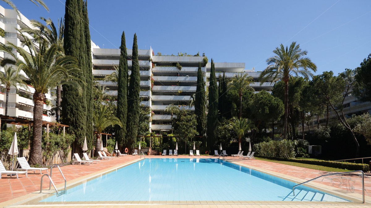 Middle Floor Apartment · Marbella