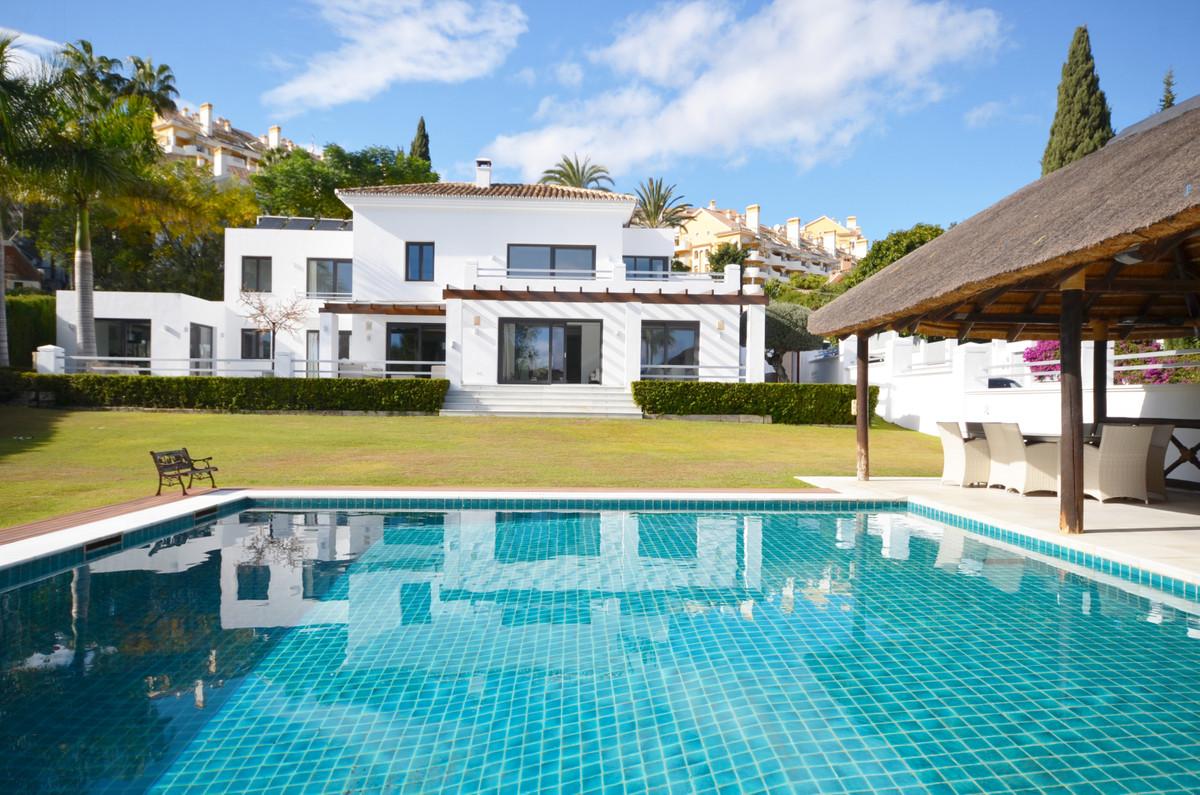 Marbella Banus Villa – Chalet en Venta en Nueva Andalucía – R1999578