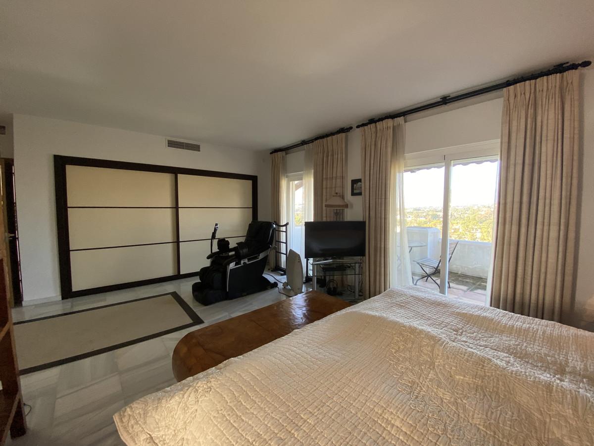House en Aloha R3830077 54