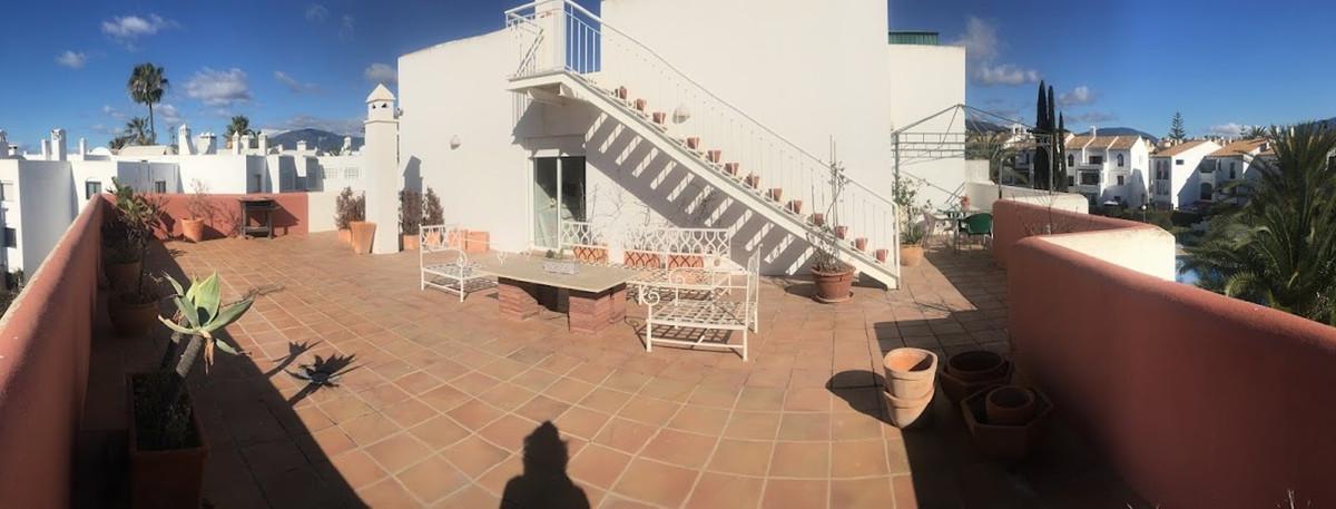 Marbella Banus Apartamento en Venta en El Paraiso – R3689963