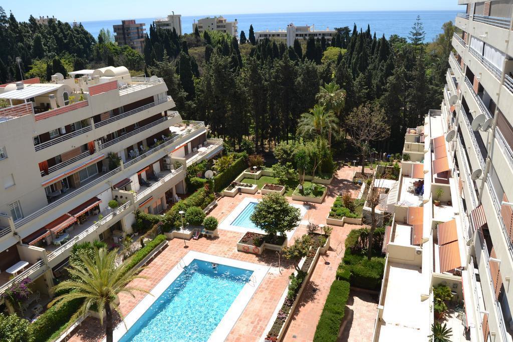 Marbella Banus Apartamento Planta Media en Venta en Marbella – R3079882