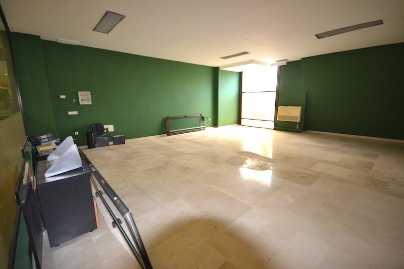Comercial con 0 Dormitorios en Venta Puerto Banús