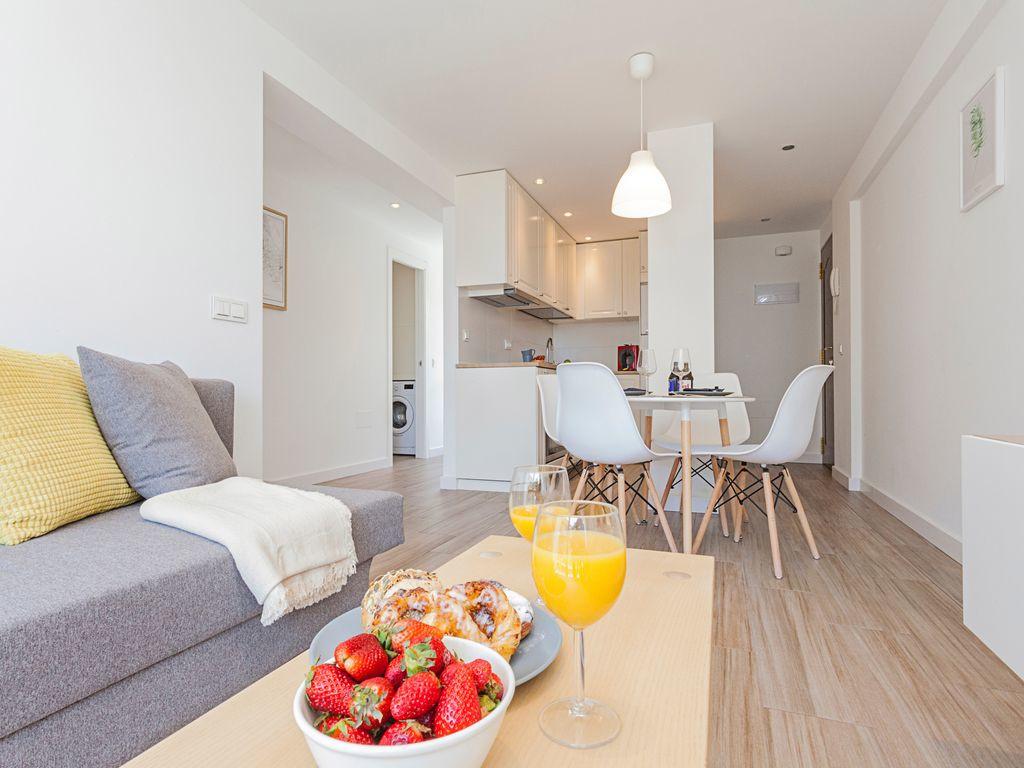 Apartamento en Venta en Marbella – R3260563