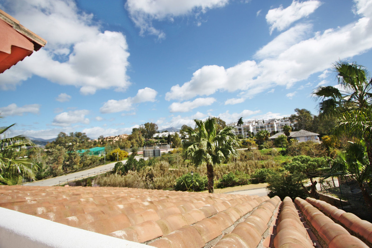 Duplex penthouse with 3 bedrooms and 3 bathrooms located in a luxury resort with fantastic amenities,Spain