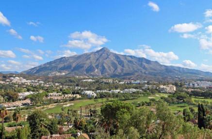 Marbella Banus Apartamento en Venta en Nueva Andalucía – R3537691
