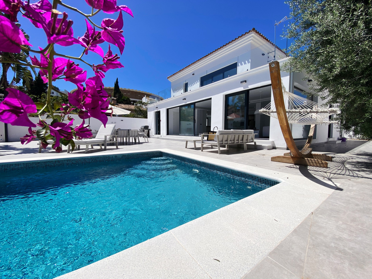 Stunning and modern villa in the most perfect location!  The villa is situated only 3 minutes drive , Spain