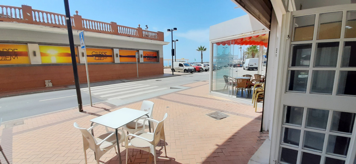 Commercial unit for lease in Fuengirola, Costa del Sol.  Exceptional Bar & Restaurant for lease ,Spain