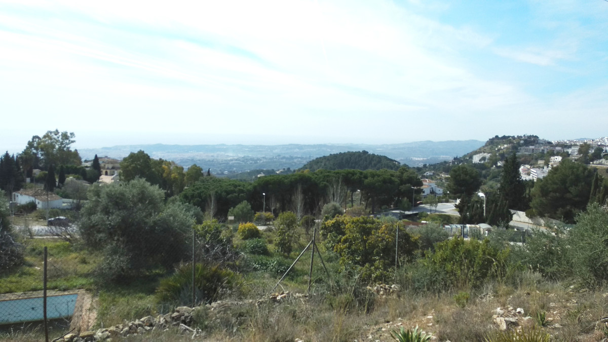 Urban plot in Mijas  Plot in U.E S-19.  The total land size is 5,593 m².  Respecting all the boundar, Spain