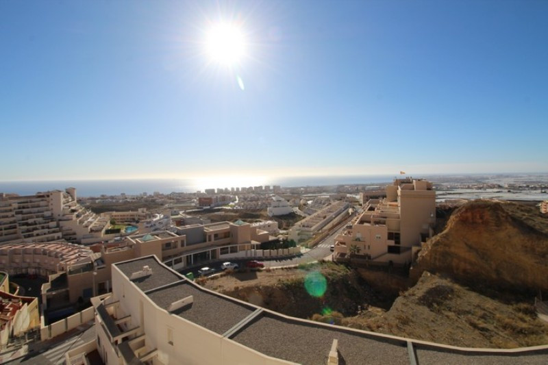 Fantastic 2 bedroom, 2 bathroom apartment with panoramic sea views and private, underground parking , Spain