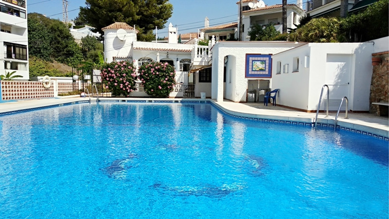 Villa for sale with independent guest house/apartment on the Costa del Sol  Lovely 3 bedroom, 2 bath,Spain