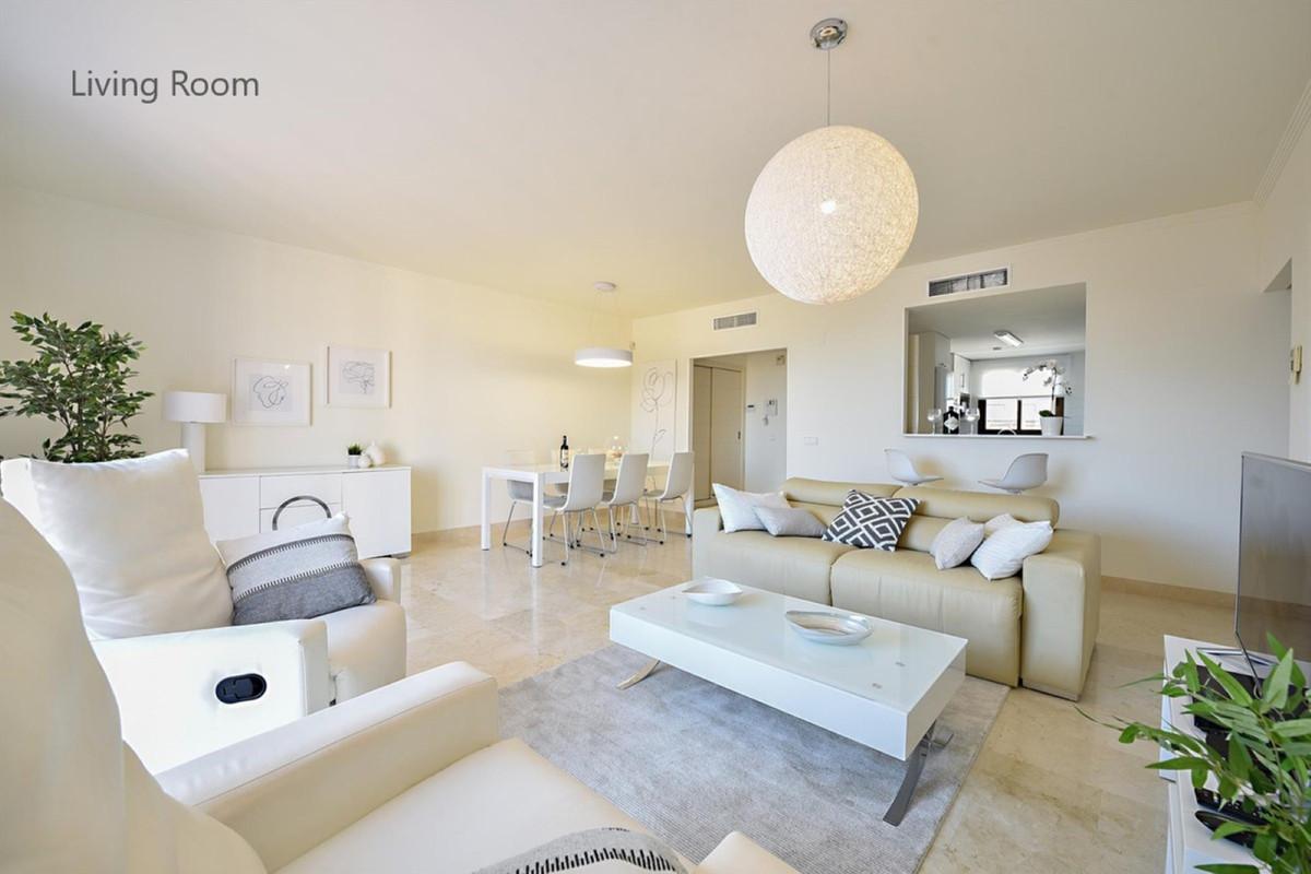 FANTASTIC 3 BEDROOM PENTHOUSE WITH OPEN SEA VIEWS!  The penthouse is located in the complex Marina d,Spain