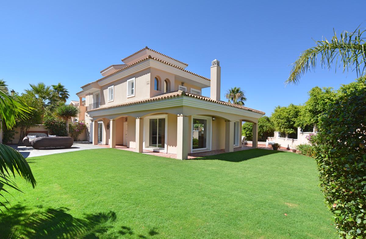 Villa  Semi Individuelle en vente   à La Duquesa