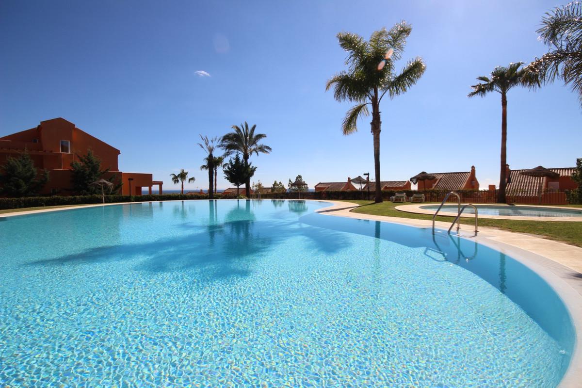 Marbella Banus Apartamento en Venta en Elviria – R3839596