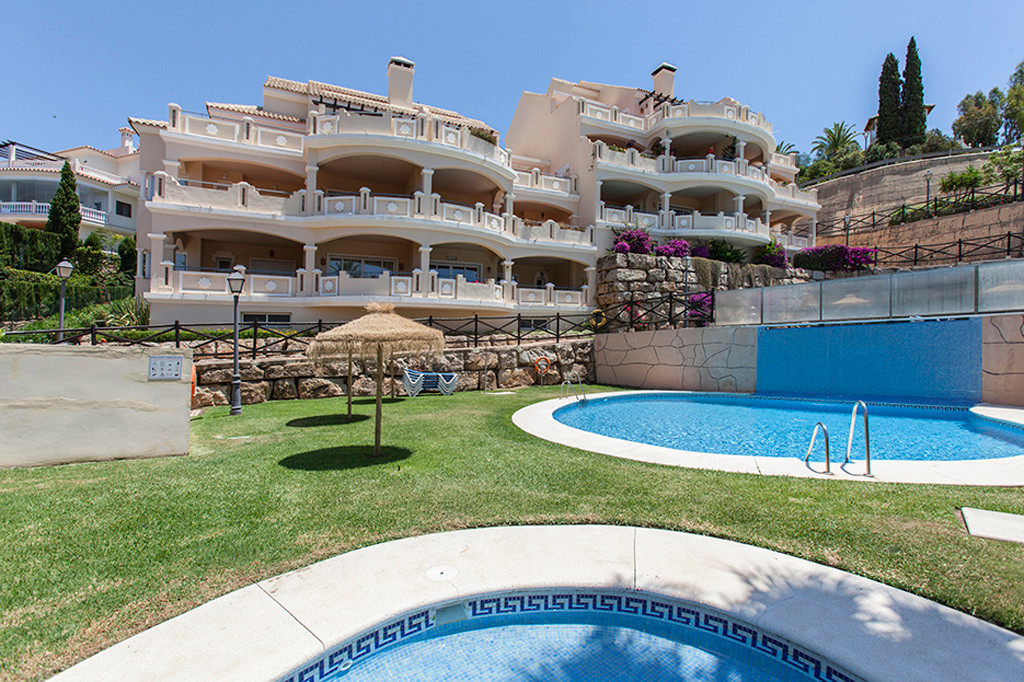 This modern and very spacious elevated ground floor apartment consist of 2 bedrooms, both with en-su, Spain