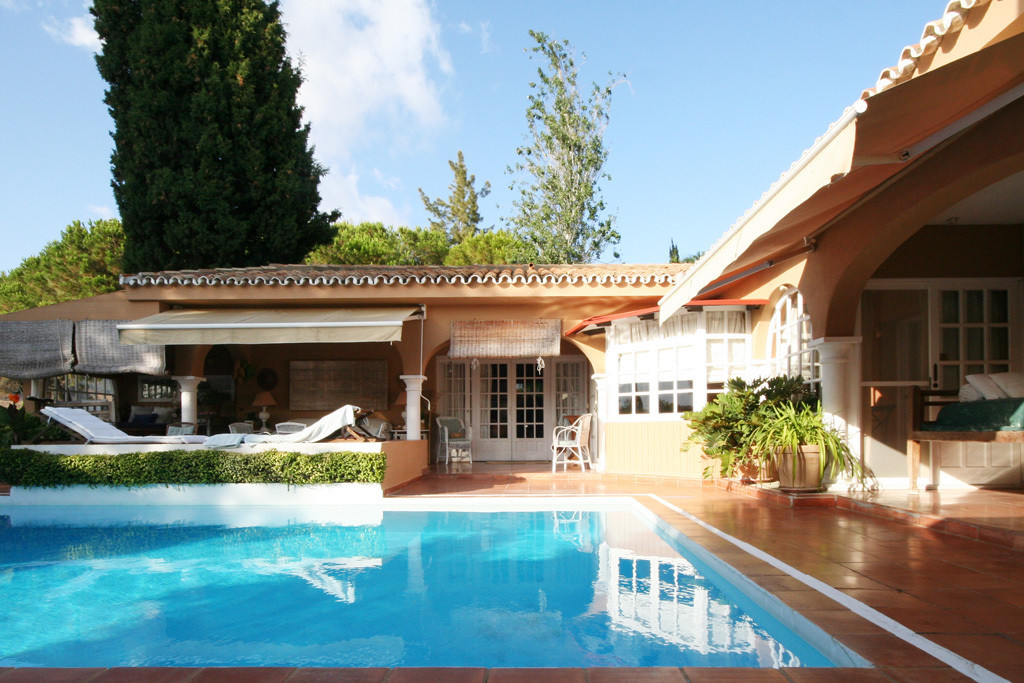 Privately located within the sought-after Hacienda Las Chapas Urbanisation, this country-style famil, Spain