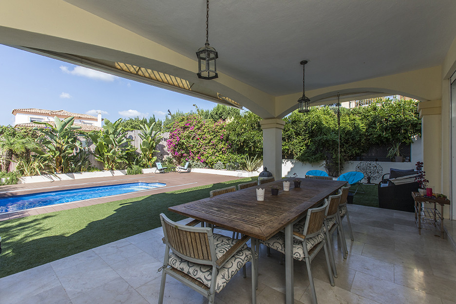 5 Bedroom Villa for sale Elviria