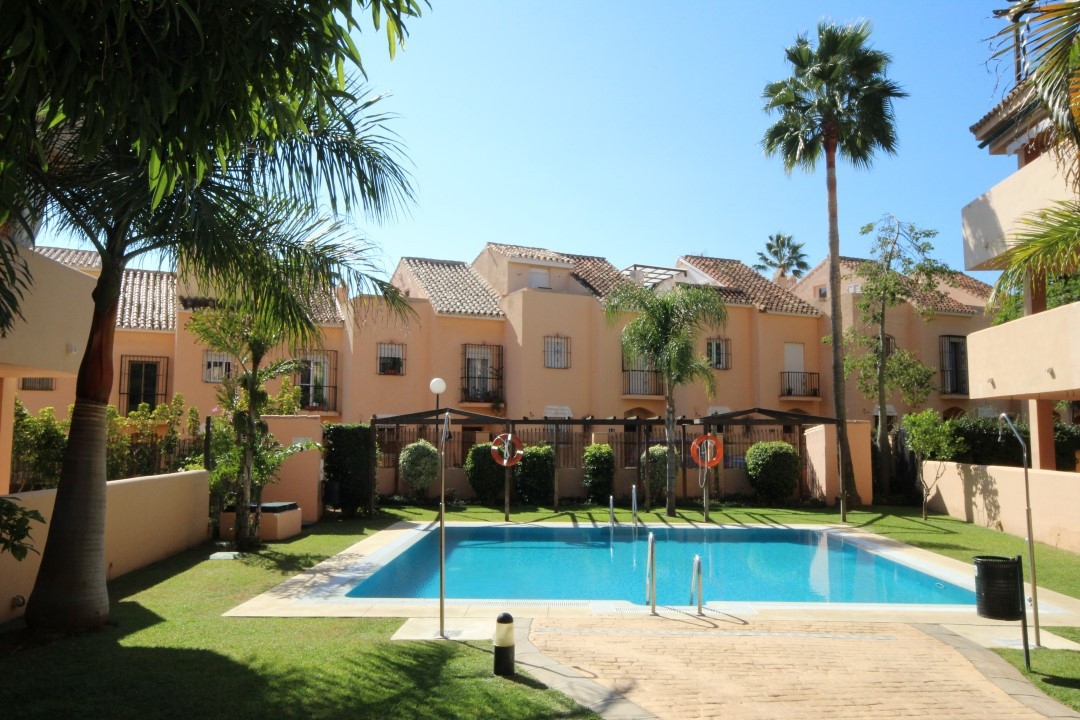 The bright and beautiful two-story corner penthouse apartment in perfect condition is situated 150 m, Spain