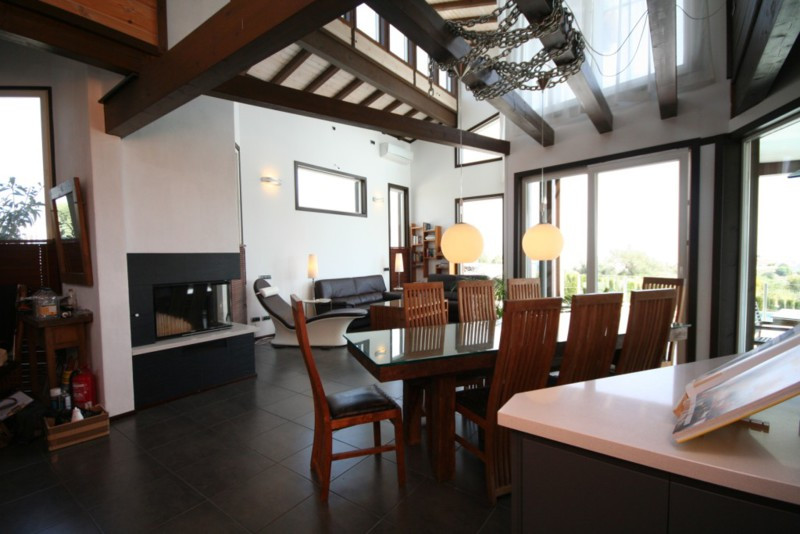 Villa for sale in Cerros del Aguila, Mijas Costa