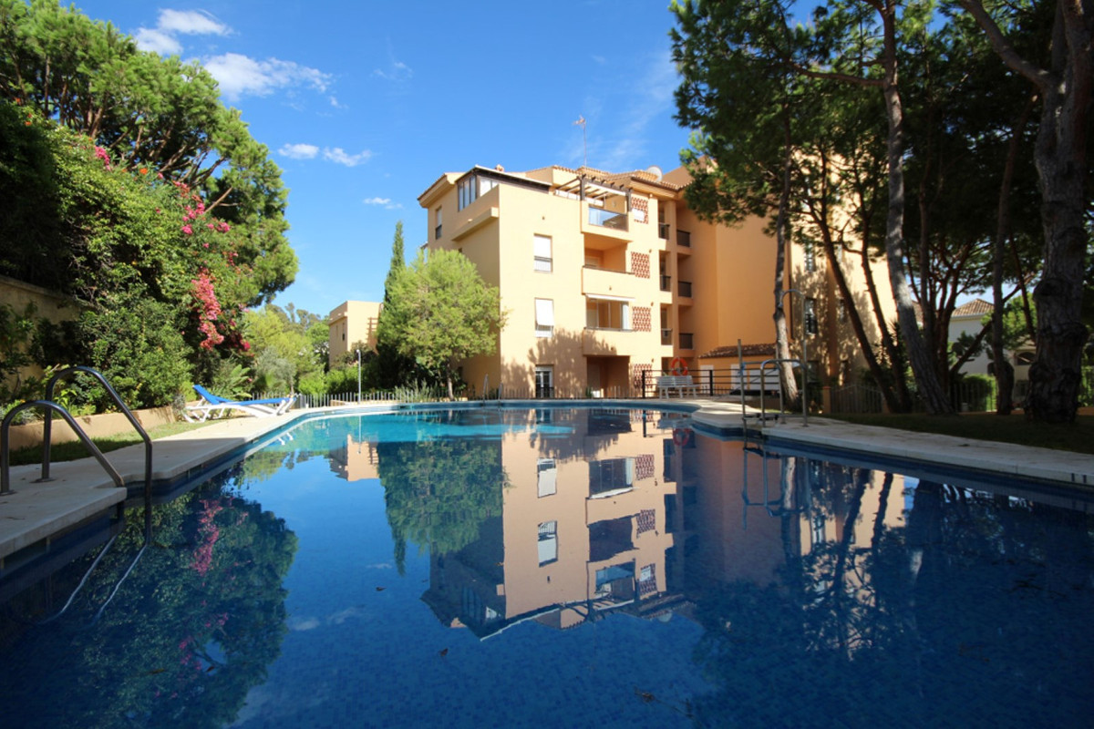 Unbeatable location! A beautiful sandy beach is just around the corner making this spacious and brig,Spain