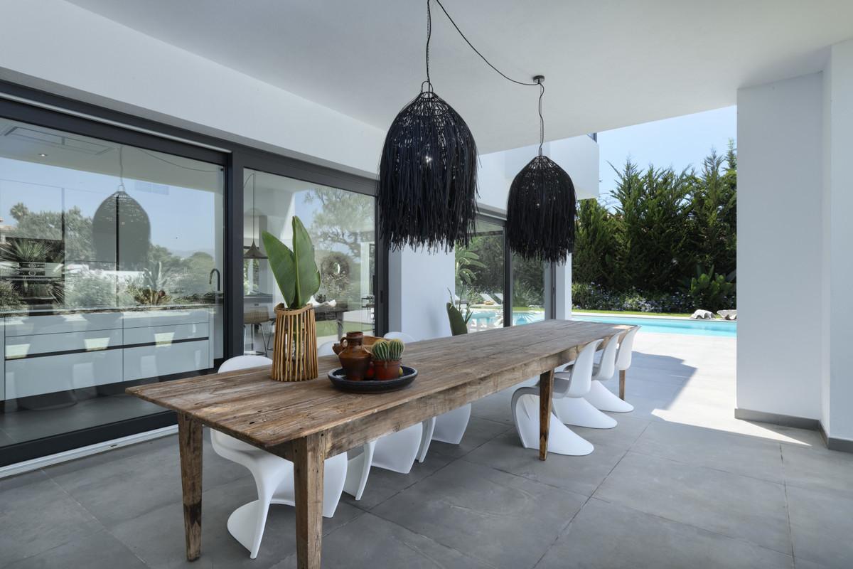 Villa – Chalet en Venta en Hacienda Las Chapas – R2611472