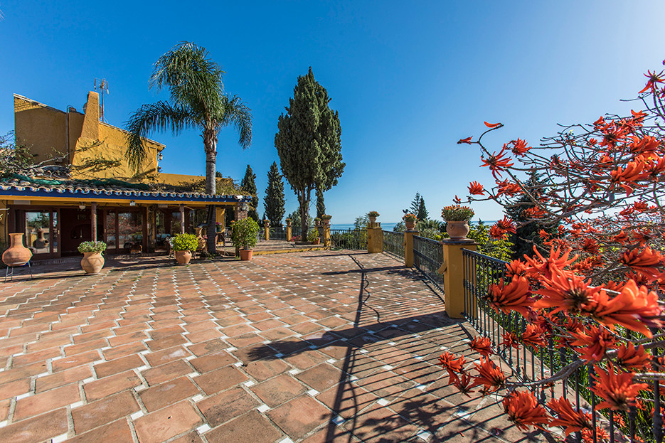 Marbella Banus Villa – Chalet en Venta en El Rosario – R111397