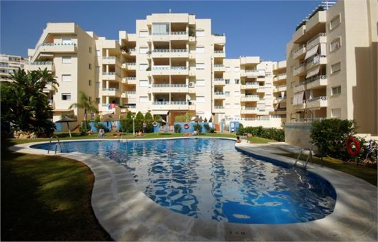 Very conveniently located pied-a-terre for holidays or permanent living. Well communicated the apart,Spain