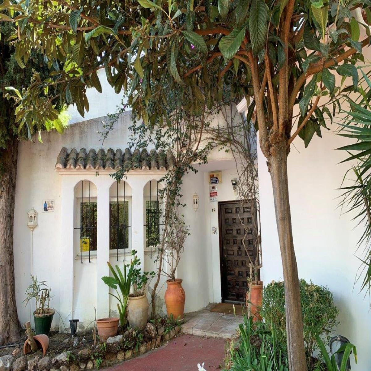 House - Marbella - R3840031 - mibgroup.es