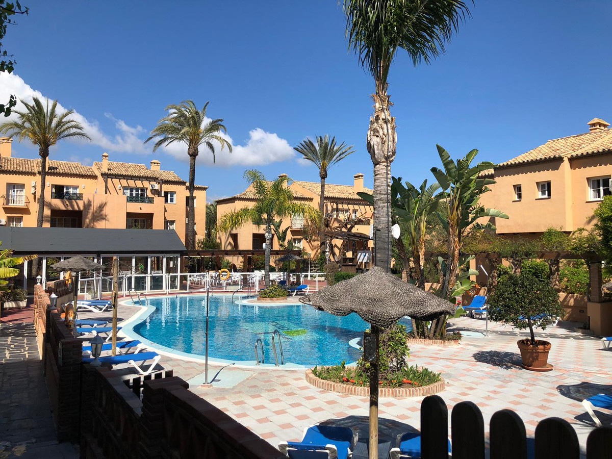 Comfortable apartment of 103 m2 fully furnished in magnificent urban complex in Riviera del Sol, Mij,Spain
