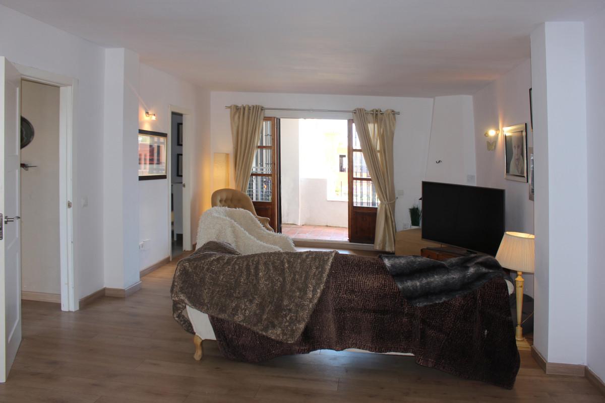 Apartamento en Venta en El Paraiso – R3569194